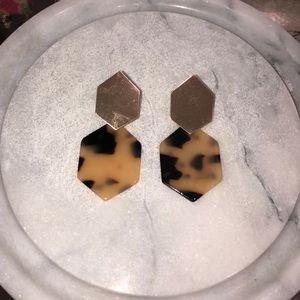 5/$25 Gold & Tortoise Hexagon Earrings